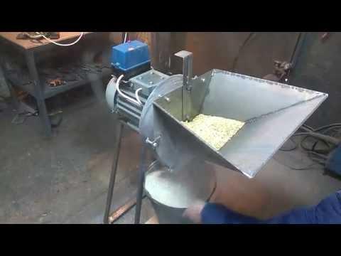 Видео как сделать мельницу для зерна своими руками