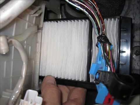 Как заменить салонный фильтр на мазда 3 2010 года