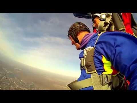 прыжок в тондэме с парашютом сокол плохо относился нему