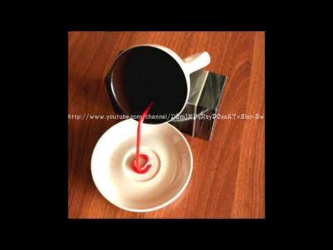 Кофе из чашки видео