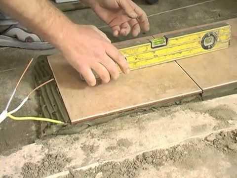 Укладка плитки на полы своими руками видео